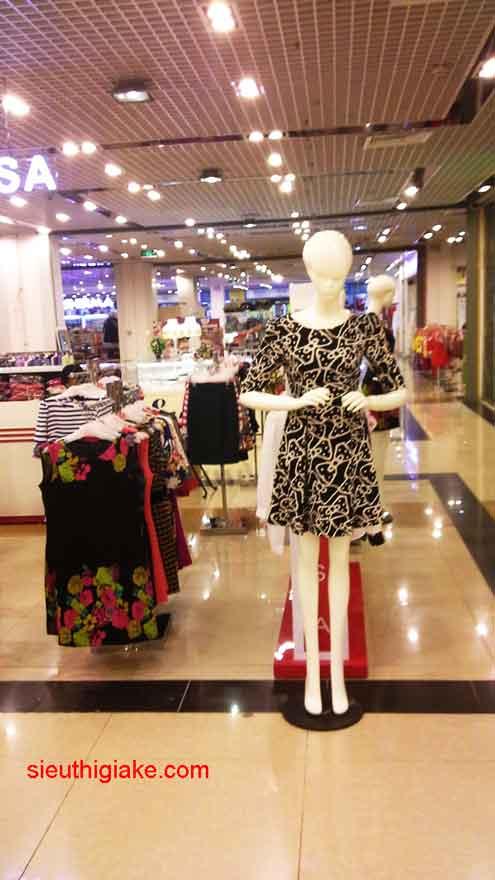 thiết shop thời trang chí bằng