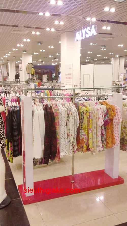 thiết kế shop thời trang chí bằng