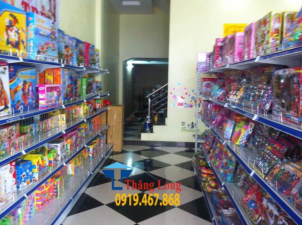 Kệ trưng bày đồ chơi trẻ em cho siêu thị