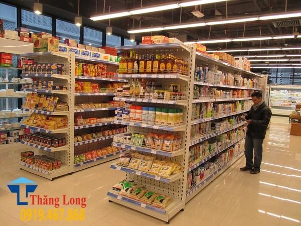 Kích thước lối đi kệ siêu thị như thề nào đạt tiêu chuẩn?