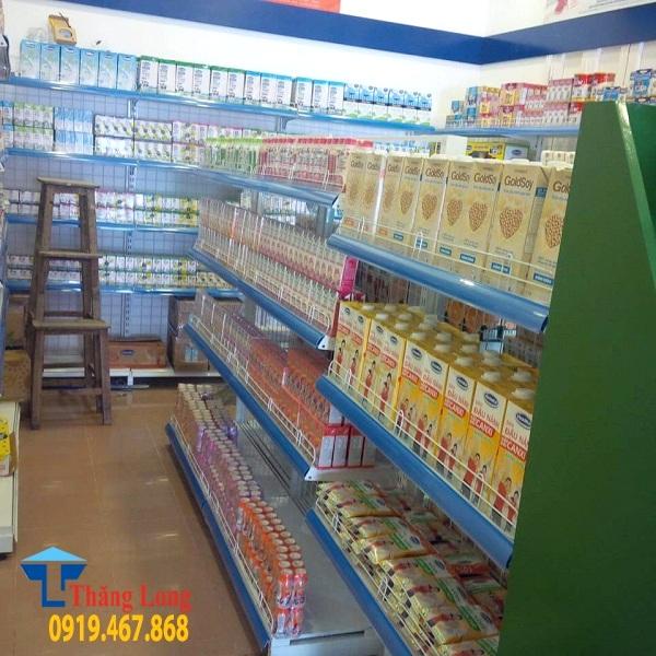 Lắp đặt giá kệ trưng bày sữa tại Quán Thánh