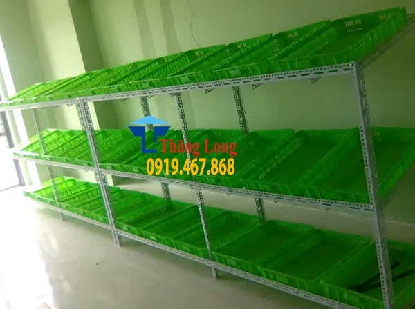 Lắp đặt kệ để rau sạch tại Đền Lừ, Hà Nội