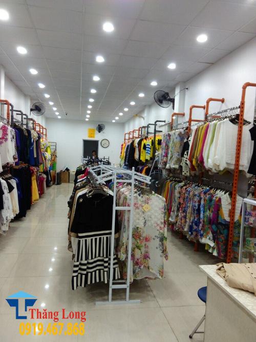Giá Kệ Thời Trang||Kệ Shop Thời Trang||Giá Treo Quần Áo